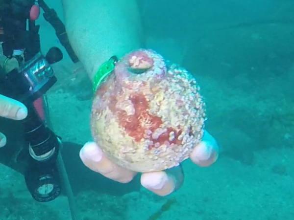 陶器で出来た手榴弾