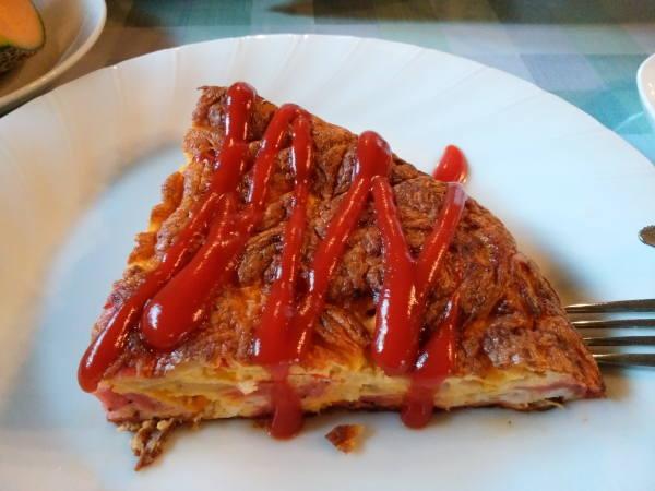 八丈島 朝食の料理 カントリーオムレツ