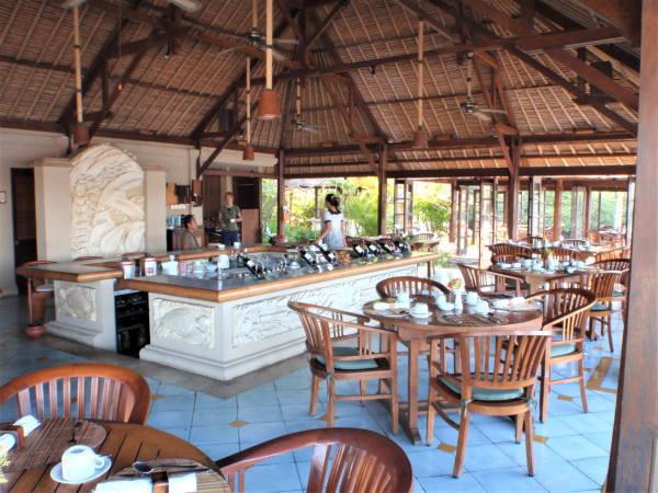 ビーチサイドレストラン