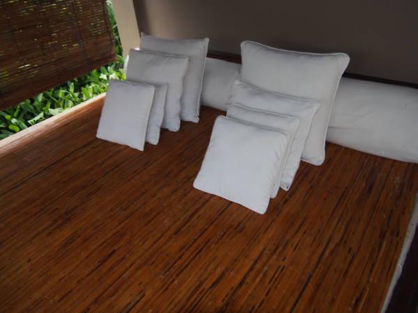 温泉横のくつろぎベッド