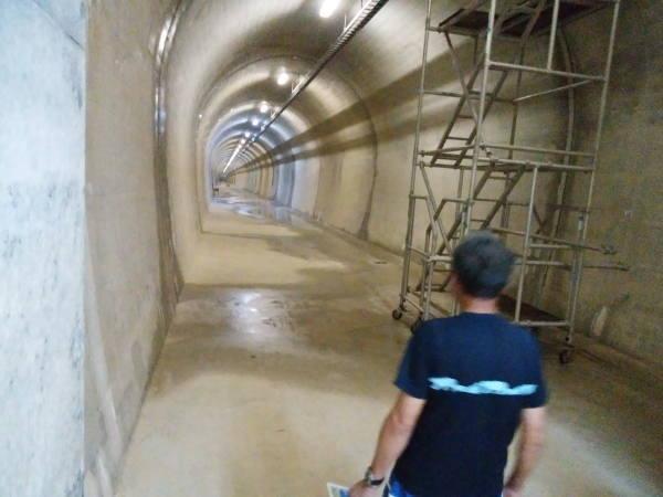 喜界島の地下ダム 366mのトンネル
